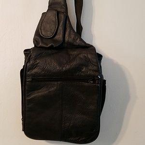 Buxton travel bag